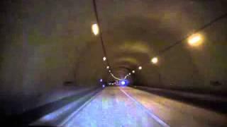 鳥越トンネル.avi