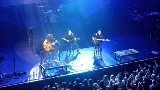 Fall Out Boy LIVE - Where is your boy tonight? (Acoustic) - @Brussels March - 11, 2014