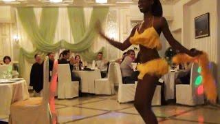 видео Новый год - Бразильское танцевальное шоу.  - Бразильское шоу танцевальное Brazil Carnival Show