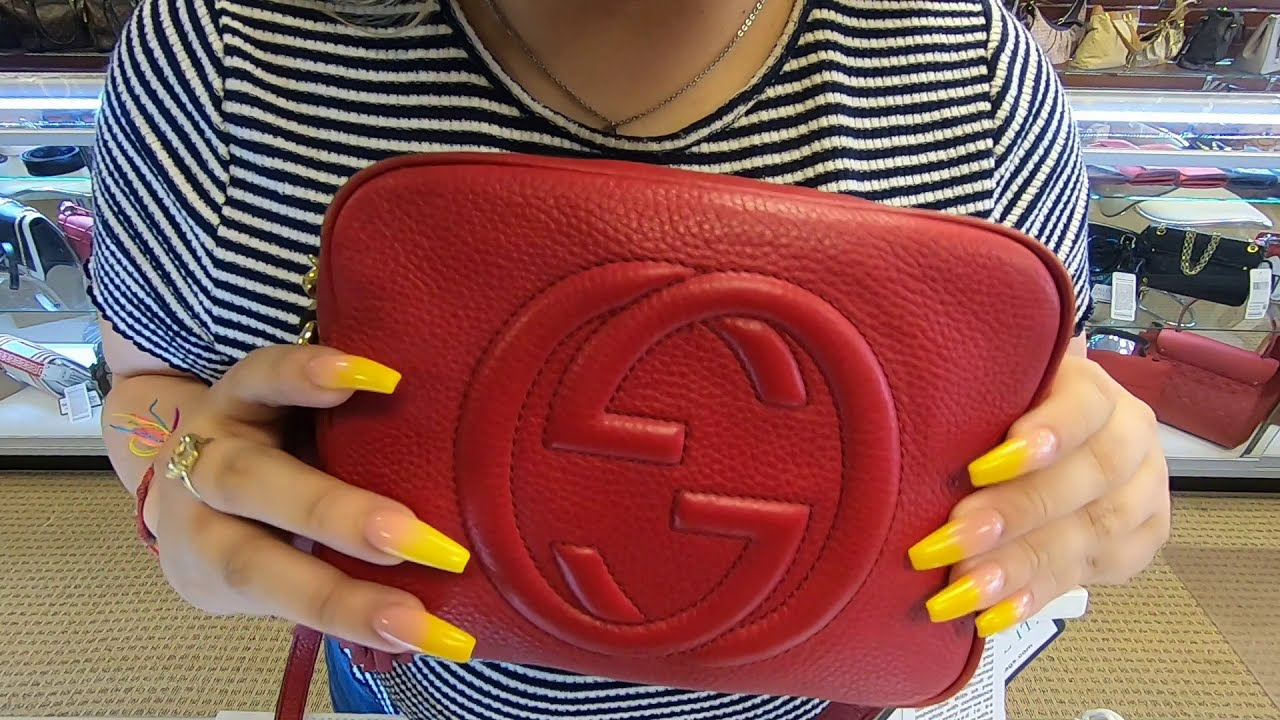 93b08e515 GUCCI SOHO DISCO PEBBLED LEATHER SMALL CROSSBODY BAG RED-DD5531 ...