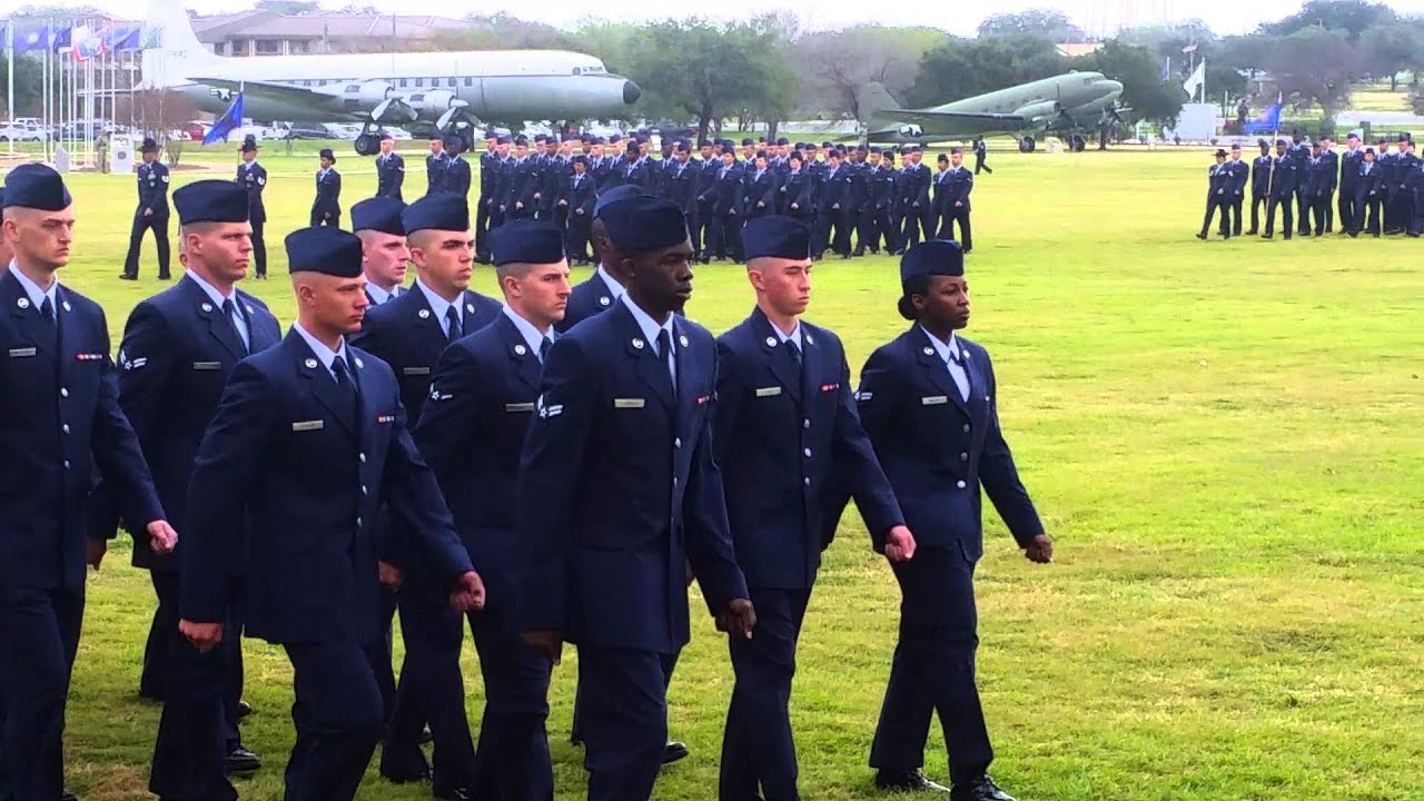 what to wear to lackland afb graduation