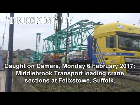 Caught on Camera: Middlebrook Transport loading at Felixstowe, 6 Feb 2017
