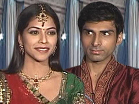 Manorama CALLS OFF Payal & Akash's Marriage in Iss Pyaar Ko Kya Naam Doon 1st February 2012 Episode thumbnail