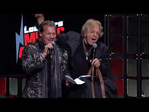 RIP: Eddie Money Crashes the 2017 Loudwire Music Awards