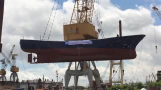 Hạ thuỷ tàu cá vỏ thép Công ty THHH MTV công nghiệp tàu thuỷ Thành Long