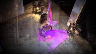 видео Заказ танцоров и танцовщиц на праздник | Танцовщица на свадьбу, в офис, на юбилей