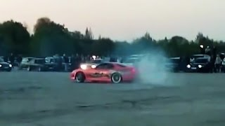874WHP 2JZ Toyota Supra donuts