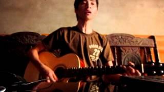 lá đỏ acoustic guitar