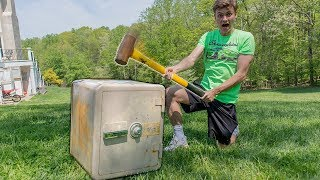 SMASHING ABANDONED SAFE!!