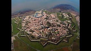 The Starfort Stays When The Mudflood Sprays! Thin Historical Narratives,  One Way To Vibrate! PT-1