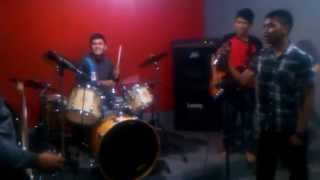 AV The Last Squad _ Netral - Cinta Gila