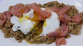 Салат из риса с семгой