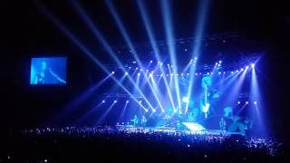Synyster Gates Solo + Afterlife - A7X live in Bangkok 20JAN2015