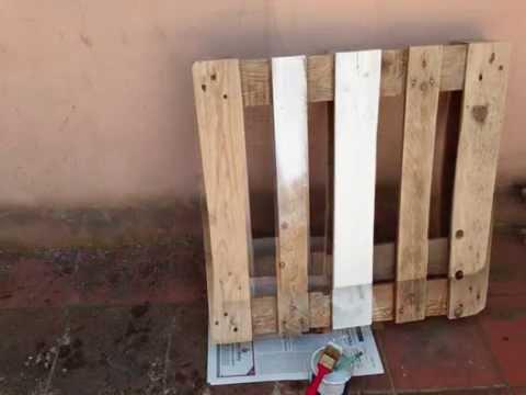 Costruire Tavoli Con Pallet : Come costruire un tavolino con un pallet youtube