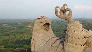 Дрон в Индии снял самую большую статую птицы на планете