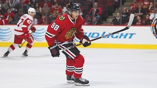 What gear does Patrick Kane use?