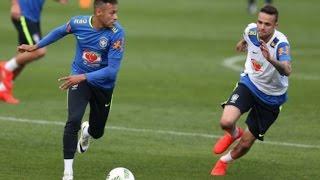 Neymar faz gol olímpico em treino e é ovacionado pela torcida