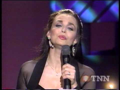 """CRYSTAL GAYLE - 46 - """"A LONG AND LASTING LOVE"""" -1997"""