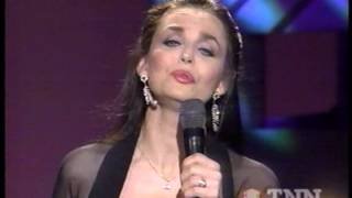 "CRYSTAL GAYLE - 46 - ""A LONG AND LASTING LOVE"" -1997"
