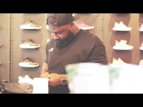 Crocodile Sneakerstore YouTube