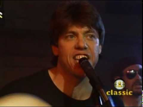 George Thorogood - Willie And The Hand Jive.mpg
