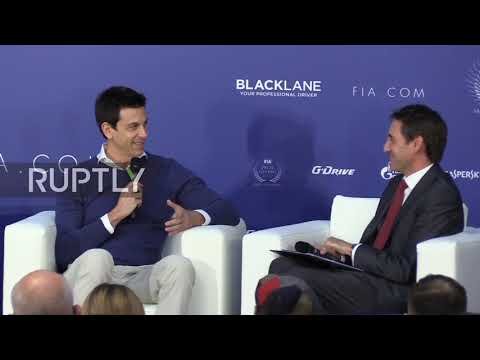 Russia: 'I didn't enjoy the battle' - Mercedes F1 team CEO