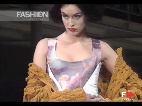 VIVIENNE WESTWOOD Fall 1991/1992 Paris - Fashion Channel