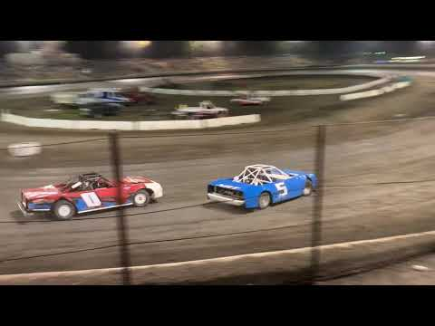 Hobby Stocks. - dirt track racing video image
