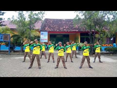 JOGET KOMANDO Pramuka SMP N 1 Trimurjo Lampung Tengah