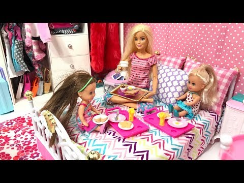 Barbie 24 Hour Bed Challenge! Haley, Ally on Barbie's Bed Challenge!