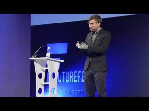 Social psychologist Bertolt Meyer on the future of prosthetics and bionics