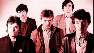 The Undertones - Girls That Don't Talk (Peel Session)