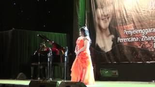 Jenny Stephany Daely Konser in Grand City Surabaya 28 July2013