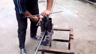 Гибка нержавеющей трубы на самодельном трубогибе(, 2014-09-10T19:31:06.000Z)