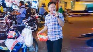 Cha con Đặng Hữu Nghị đi hát rong, bán kẹo | Gà trống nuôi con.