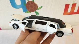 Игрушечная машинка лимузин. Распаковка и обзор(Распаковка игрушечной машинки лимузин. У лимузина открываются двери, капот и даже маленькое окошко вверху...., 2016-04-02T16:14:48.000Z)