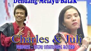 Charles Simbolon & July Manurung - Taragading Dang Dong / Eta Mangalap Boru (Official Music Video)