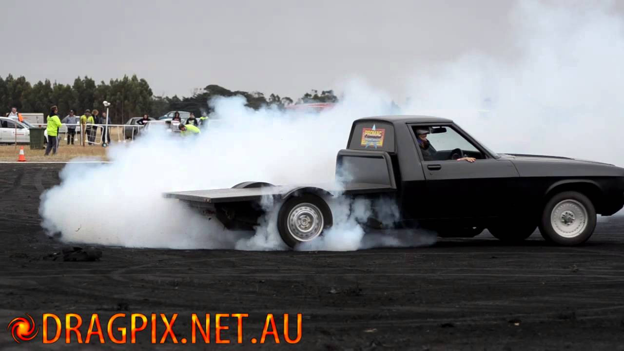 Gothic V8 1 Tonner Warrnambool Drags Burnout Competition