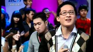 "Gambar cover Dygta ""Ku Merindukan Mu"",performed at Dahsyat (12/05)(Courtesy RCTI)"