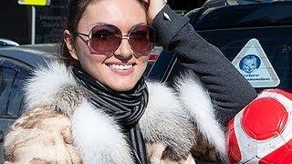 Актриса Юлия Такшина никогда не позволяет себе разговаривать за рулем по телефону