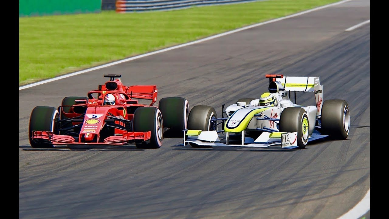 Ferrari F1 2018 vs F1 Brawn GP 2009 - Monza - YouTube