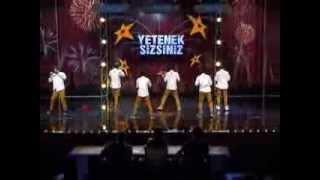 Gambar cover ZNZ Dans Grubu'nun Dans Performansı