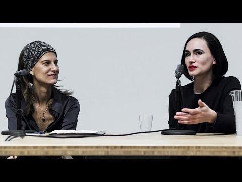 Seesaw: Piedra, Papel, o Tijeras (Tatiana Bilbao and Frida Escobedo)