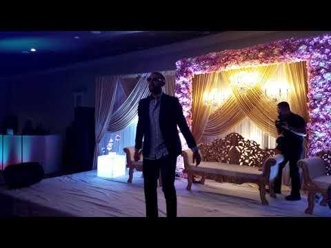Jaz Dhami Live Singing High Heels Te Nache Uchi Addi