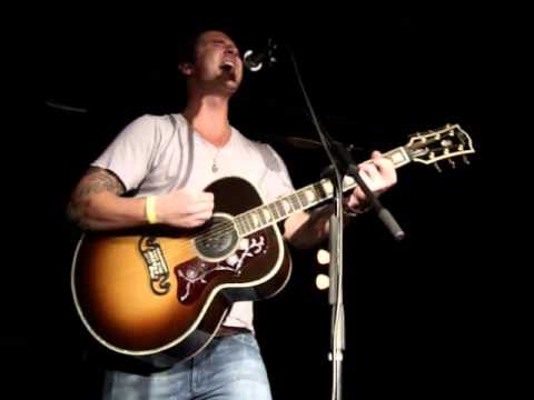 Secondhand Serenade - Maybe (live at The Attic, Kettering OH 05/25/11)