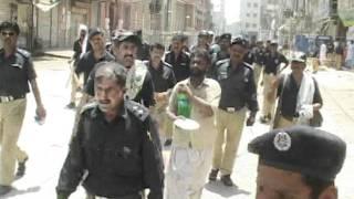 SUKKUR Safty Bunder wall resident and Sukkur police clash at Sukkur Bunder road ( Malik Imran Shahid