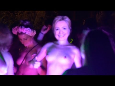 Hillary Clinton at World Naked Bike Ride Portland - WNBR 2016 - pdXcentric thumbnail