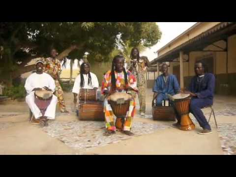 Lamp Fall - Djembe group from Saint-Louis, Senegal