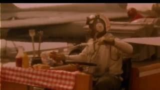 Hot Shots! Hot Dog scene