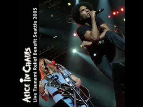 Alice In Chains - It Ain